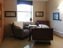 Example of an updated room in the Transitional Care Unit.